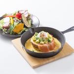 フレンチトースト専門店 BREAK - 銀鮭とアボカドのベネディクト