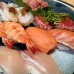86251201 - 握り寿司いろいろ