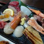 86256906 - 上・海鮮丼御膳(1,380円)