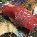 第三春美鮨 - シビマグロ 135.6kg 腹中 赤身 延縄漁 熟成7日目 和歌山県勝浦