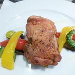 石垣牛と島料理 佐々木勝 - やんばる鶏の香草焼き シークワーサーを添えて