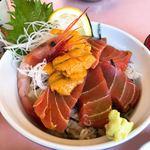 梶ノ亭 - 料理写真:マグロとウニのミックス丼