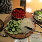 レインボー・ロール・スシ - 各種サラダ