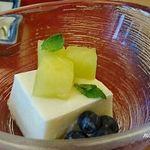 明治座 - 危うく醤油をかけるとこだった、メロンムース初夏の香り