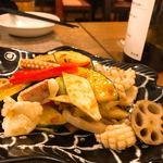 中華銘菜 慶 - ミズイカは滑油した根菜、お野菜とXO醤で炒めてきました。いいねコレ。