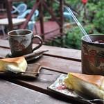 Cafe ichara - クリームレアチーズケーキとドリンク