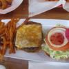 Cheeseburger - 料理写真:チーズバーガー