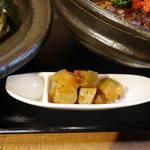 茉莉花 - 角切り搾菜とラッキョウ