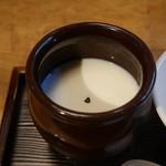 茉莉花 - 杏仁豆腐