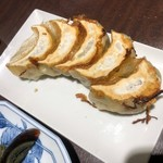 日本橋焼餃子 - 餃子5個がセット