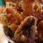 天ぷら みかわ - 天丼!凄い    塔   です。