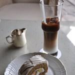 マロード - ケーキとカフェオレ