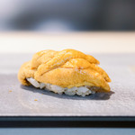 鮨 猪股 - 赤ウニ