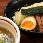つけ麺 きらり - 料理写真:魚介豚骨つけ麺