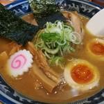 麺武者 - 特製 麺武者ラーメン 900円 こってり醤油味 魚介系白湯