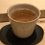 すし 伍水庵 - ほうじ茶