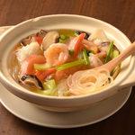 逸品飲茶縁茗 - 海鮮ビーフン土鍋