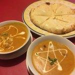 インドレストラン バンチャ - 料理写真:アジアンセットのチーズナンと野菜&チキンカレー
