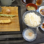 田井天 - 博多定食(なす、フルーツトマト、いんげん、海老)