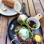 つばめグリル - プレミアム和風ハンブルグステーキ&パン