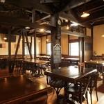 今宵、成田で世界の肉料理とごほうびワインを -