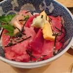 割烹 和知 - 鉄火丼 @1,100円 色鮮やかなマグロがたっぷり。ストレートにマグロのおいしさを感じるボリュームたっぷりの丼。