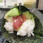 すし将軍 - 手巻き寿司は、20種類位の中から選べるのが嬉しい。