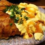 鳥と卵の専門店 鳥玉 - 水漬け鳥もも肉のチキン南蛮定食(880円,税別)