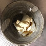 廣久葛本舗 - 料理写真:葛餅きな粉と黒蜜まぶしました。