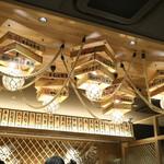 まるは食堂 - 店内の天井