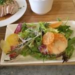 waingadaisukinaonikuyasanchinosumibiyakiitariangattsuxo - サラダの盛り付けがきれい