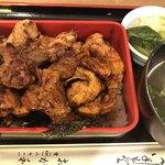 おが和 - 焼き鳥重(肉増し)