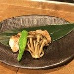 地酒とワインのダイニング 樽 - 吉野鶏の山椒焼き