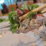 ステーキふじ - 炙り たっぷりの塩とネギで・・・
