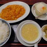 8632625 - あんかけ海鮮と玉子の炒めのランチ