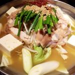 亀屋鶴八 - もつ鍋