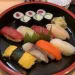 栄寿司 - にぎり1.5人前\750