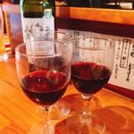 一品料理 ひとしな - 赤ワイン(持ち込み)