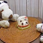 86324205 - ちびつぬぅ、今日のおやつはコレだよ~セブンイレブンで子どもの日限定で発売された「パンダのいちごショートケーキ」。かわいいでしょう。【注】「パンダのいちごショートケーキ」は4月29日~5月5日に発売。