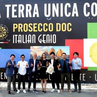 """イタリア""""ProsccoDOC""""ブランドワイン販売実績1位"""