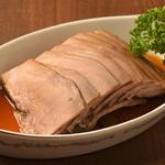 逸品飲茶縁茗 - 豚タンの漢方煮しめ