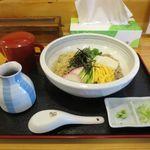 そば処 いしおか - 料理写真:とろろおくらそば(800円)