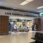 86347172 - Cape Farmstall & Wine Emporium