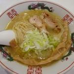 東一 - 料理写真:塩中華そば680円
