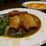 清香園 - 豚バラ肉角切りしょうゆ煮