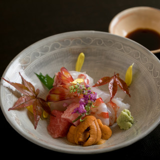 和と洋を融合させた、季節を感じる京料理をご堪能ください