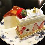 アンデケン - 料理写真:イチゴのフレジエ400円、チーズケーキは300円!(内税だから凄い)