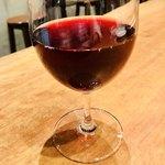 魚deバール ウオチカ。 - 実はコレはプレミアム葡萄juice(赤) トラウベンモスト(RED) ワイン醸造用の葡萄の果実を搾りたてストレートジュースにした贅沢なドリンク✨