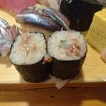 86353116 - 地魚鮨④左からアジ、いわし、細巻き(酒盗)、玉子焼き