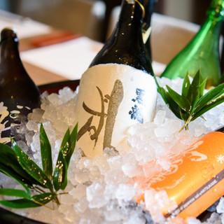 日本酒好きの店主が厳選する、通好みの季節限定酒。